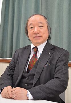 渡辺憲 理事長